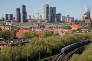 Stichting koopt 200 woningen op Zuid