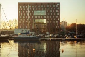 Nieuw hotel op Cruquiuseiland
