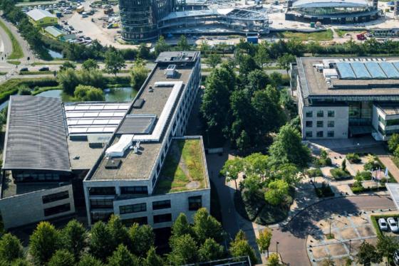 Wat betaalde Bridges voor kantoren in Leusden?